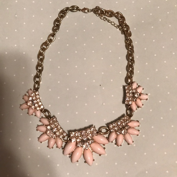 Francesca's Collections Jewelry - Francesca's boutique statement necklace